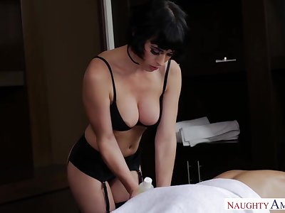 Petite masseuse with D-cup boobies Olive Glass gives a blowjob vanguard sex