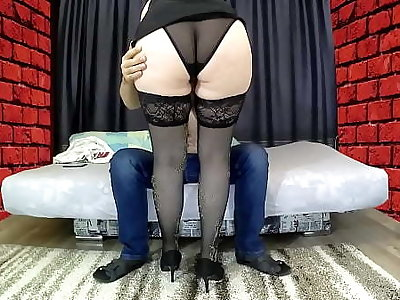 Mam with a big ass sat on her stepson's cock, gave a blowjob