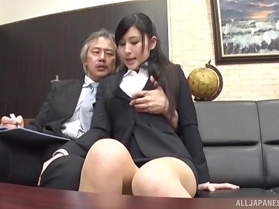 Office babe suits horn-mad boss in Japanese porn play