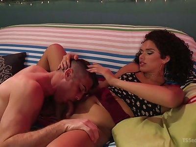 Shemale Alisia Rae fucks brashness and anus of two bisexual boyfriend