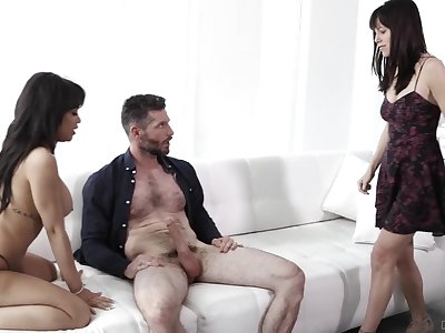 One lucky guy pleasured both Alana Cruise and hot Gia Milana